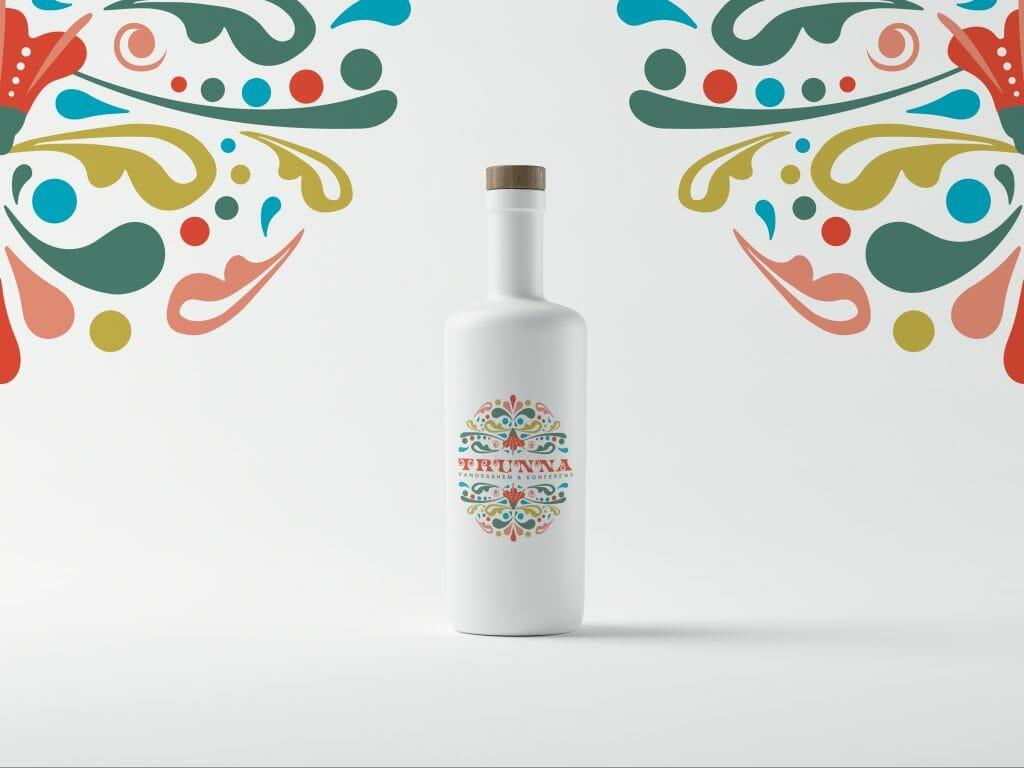 Design av grafisk profil och logotyp på en flaska